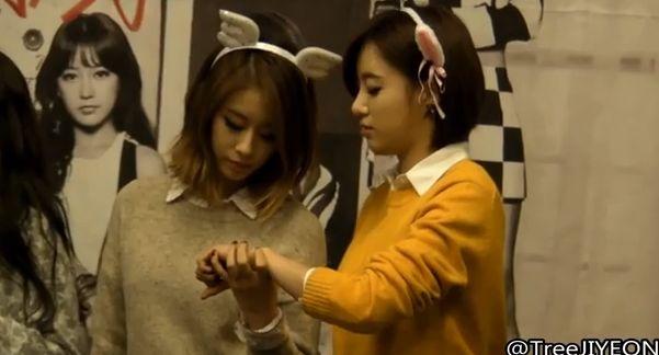13年11月3日T-ARAファンサイン会「ウンジョン&ジヨン」【ファンカム動画】
